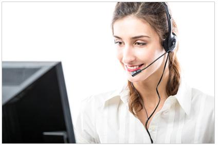 Operator bei Videokonferenz